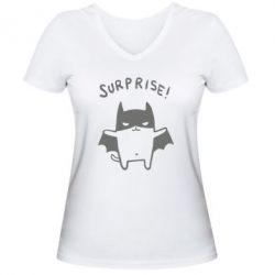 Женская футболка с V-образным вырезом Surprise! - FatLine