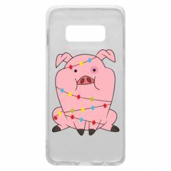 Чохол для Samsung S10e Свиня обмотана гірляндою