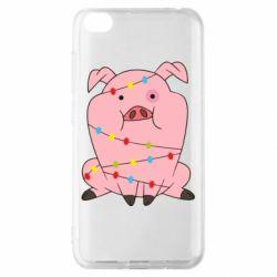 Чехол для Xiaomi Redmi Go Свинья обмотанная гирляндой