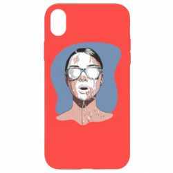 Чохол для iPhone XR The girl is doused with milk