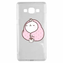 Чехол для Samsung A5 2015 The Hare in the blanket