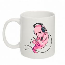 Кружка 320ml The newborn listens to music