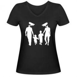 Женская футболка с V-образным вырезом Тоталитаризм