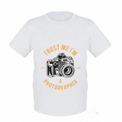 Дитяча футболка Trust me i'm photographer