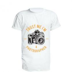 Подовжена футболка Trust me i'm photographer