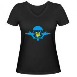 Женская футболка с V-образным вырезом ВДВ з гербом