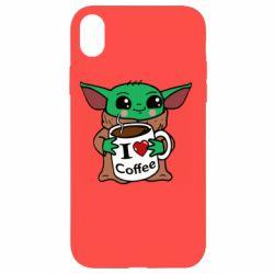 Чехол для iPhone XR Yoda and a mug with the inscription I love coffee