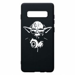 Чехол для Samsung S10+ Yoda в наушниках