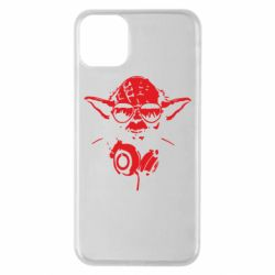 Чехол для iPhone 11 Pro Max Yoda в наушниках