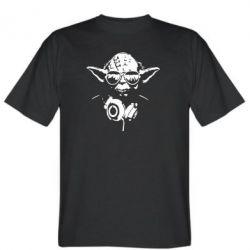 Чоловіча футболка Yoda в навушниках