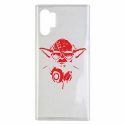 Чехол для Samsung Note 10 Plus Yoda в наушниках