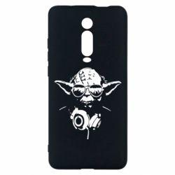 Чехол для Xiaomi Mi9T Yoda в наушниках