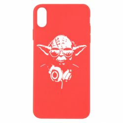 Чехол для iPhone X/Xs Yoda в наушниках