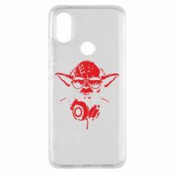 Чехол для Xiaomi Mi A2 Yoda в наушниках