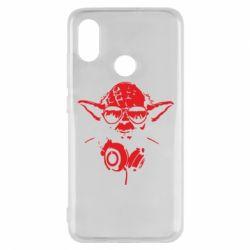 Чехол для Xiaomi Mi8 Yoda в наушниках