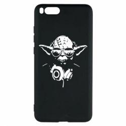 Чехол для Xiaomi Mi Note 3 Yoda в наушниках