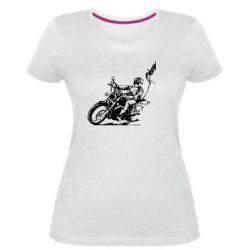 Жіноча стрейчева футболка Байкер на мотоциклі