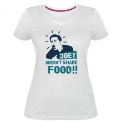 Женская стрейчевая футболка Joey doesn't share food!
