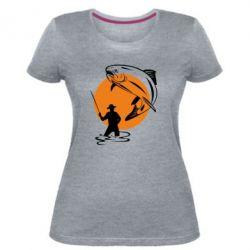 Женская стрейчевая футболка Рыбак на фоне солнца - FatLine