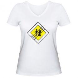 Женская футболка с V-образным вырезом знак свадьбы - FatLine